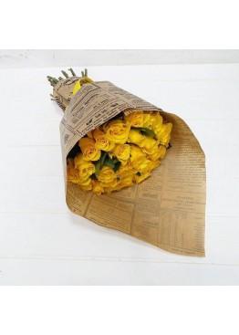 29 желтых роз в крафте