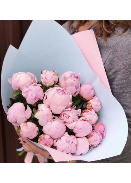 15 розовых красавцев