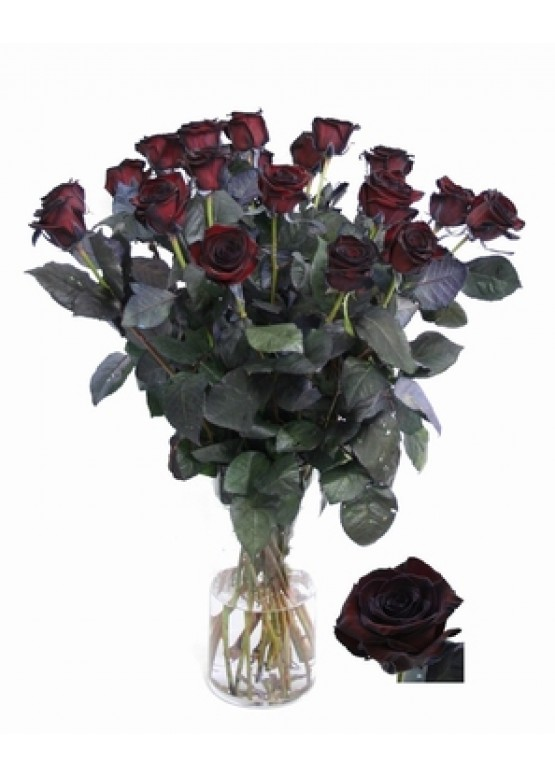 19  черных роз в вазе